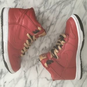 Nike Dunk High Top ID 49ers NFL Red Gold Sneakers